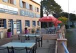 Hôtel Var - Hotel Restaurant Les 3 Chênes-4
