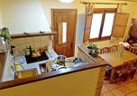 Location vacances Sartajada - House with 3 bedrooms in La Adrada with wonderful mountain view balcony and Wifi-3