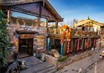 Hôtel Lijiang - Shuhe Yuannian Resort Hotel-Free Pickup Service