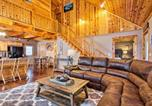 Location vacances Crossville - Cozy Cabin Retreat with Deck By Golf and Bass Fishing!-1