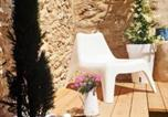 Location vacances Verzeille - Nid douillet au coeur des Capucins-4