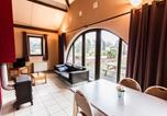 Location vacances Houffalize - Tidy holiday home with a terrace located in the Ourthedal-2