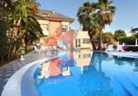 Hôtel Villafranca Tirrena - Regent Beach Hotel & Apartments-4