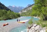 Camping en Bord de rivière Rhône-Alpes - Camping Les Acacias-1