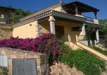 Location vacances  Province d'Olbia-Tempio - Villa Muriscuvò-3
