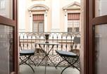 Location vacances  Province de Barcelone - 3 Bedroom Apartment Near Las Ramblas-3