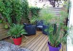 Location vacances Arès - Appart Terrasse Végétale bord Plages bassin-1