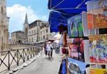 Location vacances Arles - Studio avec vue sur les arénes-1