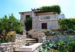 Location vacances Postira - Apartment Mika-150m from the sea-1