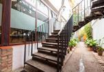 Location vacances La Carlota - Oyo Hostal Santiago-2