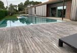 Location vacances Sant Jordi Desvalls - Infinity pool House in Vilopriu-4