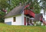 Location vacances Kirchheim - Three-Bedroom Holiday Home in Kirchheim-1
