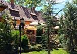 Hôtel Hajdúszoboszló - Platan Garden Rooms & Restaurant-3
