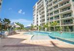 Location vacances Cairns - Cairns Esplanade 2 Bed 2 Bath Resort Hotel-1