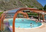 Camping avec Piscine Val-des-Prés - A La Rencontre du Soleil - Camping Sites et Paysages-2