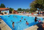 Camping avec Ambiance club Vendée - Camping Le Puits Rochais-1