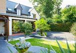 Location vacances Montreuil-le-Gast - Roazhon Lodge-1