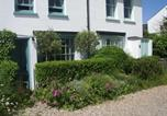 Location vacances Deal - Boho-chic bolthole on the beach - Mariner's Cottage-1