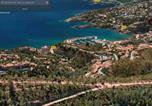 Location vacances Théoule-sur-Mer - Studio Vue Mer et Montagne avec Piscine proche plage de la Figueirette-1