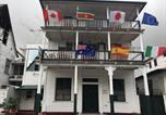 Location vacances  Suriname - Guesthouse De Kleine Historie-1