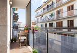 Location vacances  Province de Barcelone - Cozy beach apartment-4