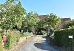 Location vacances Saint-Médard-d'Excideuil - Chic Holiday Home in Aquitaine with Swimming Pool-4