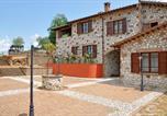 Location vacances  Province de Terni - Otricoli Apartment Sleeps 4 T241781-4
