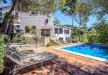 Location vacances Castellví de Rosanes - Villa Tarruella-4