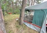Camping  Acceptant les animaux Pologne - Your Camp Amw Rewita Kormoran Hel &quote;Przyczepka Eldis&quote;-2