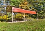 Location vacances Bridgeport - Anchors Away Cabin Hideaway with Fire Pit!-3