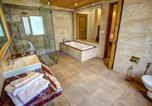 Location vacances Banjar - Baragarh Resort and Spa, Centrally Heated Mountain Side Resort, Manali-2