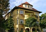 Location vacances Le Bauhaus et ses sites à Weimar et Dessau - Pension Villa Gisela-3