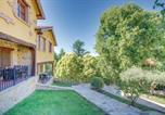 Location vacances  Caceres - Three-Bedroom Holiday Home in Casas del Monte-1
