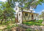 Location vacances Kerrville - Wolf Creek Guest Ranch cabin-4