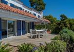 Location vacances Mont-ras - Calella de Palafrugell Holiday Home Sleeps 6 with Pool Air Con and Wifi-2
