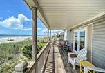 Location vacances Harkers Island - Emerald Isle Beach House, Steps to the Ocean!-2