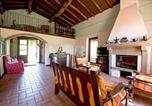 Location vacances Camporgiano - Holiday home via Montealtissimo 1-2