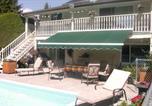 Hôtel Kelowna - Aaron's Pool & Spa B&B-1
