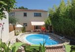 Location vacances Valros - Three-Bedroom Holiday Home in Tourbes-1