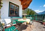 Location vacances Finkenberg - Comfortable Apartment in Mayrhofen with Garden-3