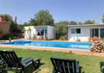 Location vacances Silves - Bungalow with one bedroom in Silves with shared pool enclosed garden and Wifi-1