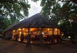 Location vacances  Botswana - Island Safari Lodge-1