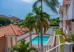 Location vacances Kingston - Finest Accommodations Marley Manor Apt 312 Bloc # 3 6 Marley Rd Kingston 6-3