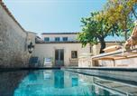 Location vacances Palazzolo Acreide - Palazzolo Acreide Villa Sleeps 9 with Pool Air Con and Wifi-1
