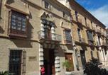 Location vacances  Malaga - Charming Villadarias M. Palace apartment-2