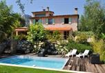 Location vacances La Gaude - Villa de 4 chambres a La Gaude avec magnifique vue sur la montagne piscine privee jardin clos a 14 km de la plage-2