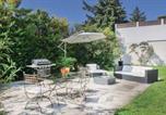 Location vacances Cornillon-Confoux - Three-Bedroom Holiday Home in Salon de Provence-3