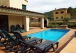 Location vacances Capmany - Villa St Llorenç de la Muga-1
