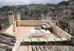 Location vacances  Province de Matera - Le Tre Vie Apartment & Room-1