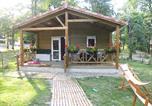 Camping avec Piscine Gondrin - Domaine les Lacs d'Armagnac-1